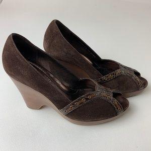 Cole Haan Peep Toe Brown Suede Platform Heels 8B